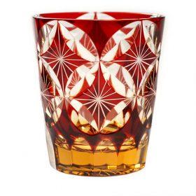 鮮やかな色が美しい! 江戸切子・赤のグラス